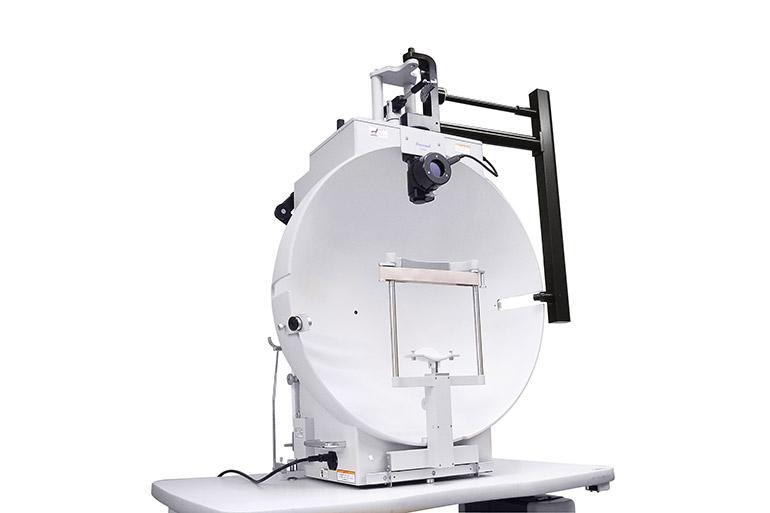 ゴールドマン型ペリメーターinami (動的視野検査装置)
